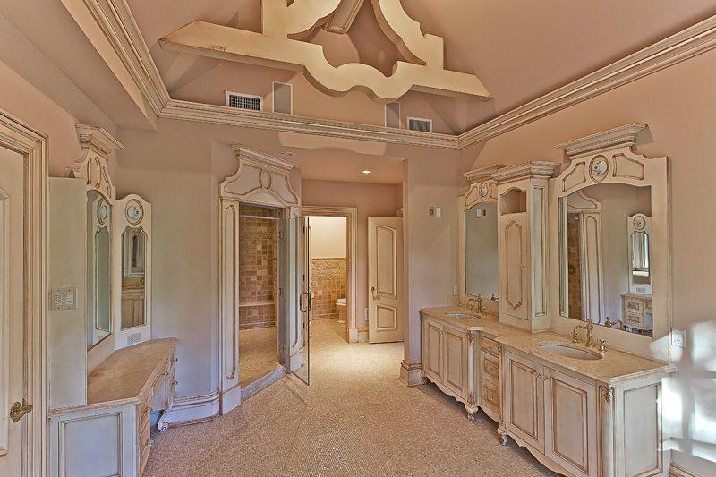 kamar mandi rumah mewah ala raja eropa desain gambar