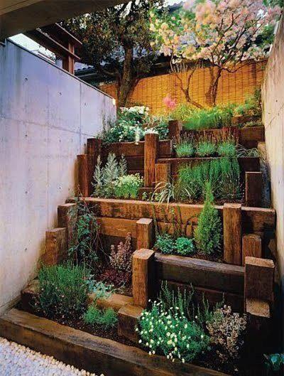 membangun sendiri taman kecil depan rumah