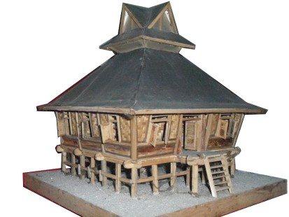 Desain Rumah Adat Karo
