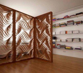 pembatas ruang tamu dan ruang keluarga modern kontemporer
